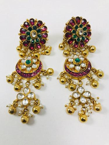 Ahmedabadi Kundan with gold plated earrings
