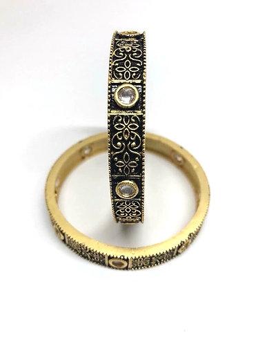 Antique kundan bangles