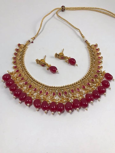 Gold plated necklace set with earrings