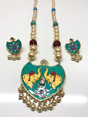 Exotic necklace set Meena Artworks