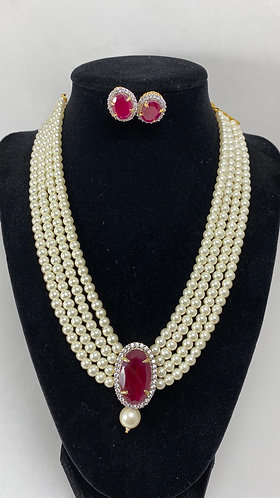 High-quality pearl with big stone necklace set