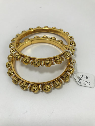 2.6 - Bangles with small pearl