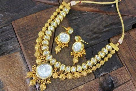 Kundan with gold plated necklace set earrings