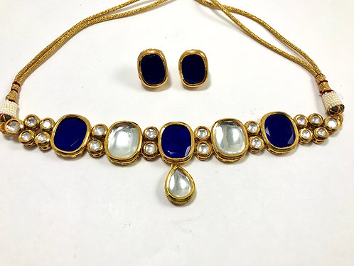 Blue Big Kundan choker set with gold plated meena on the back side
