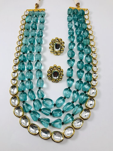 High quality Kundan 4 layer necklace with earrings
