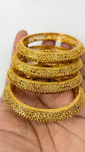 4 Pieces Gold Plated Designer Bangles