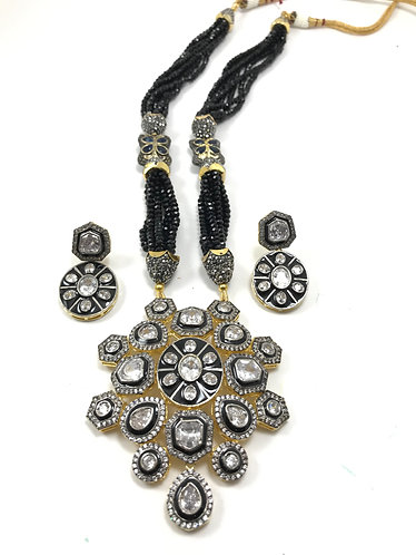Gorgeous antique kundan bollywood necklace set for party wear