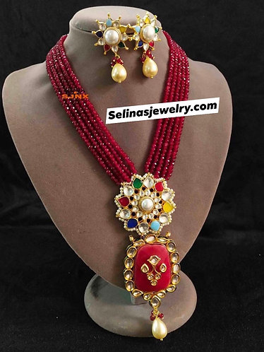Multi color gorgeous necklace set with high quality pearls