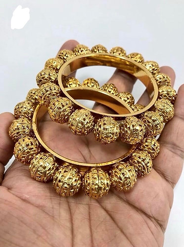 2.4 - Bangles high quality for party ware