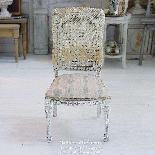 Chaise Miniature de style Gustavien, Imitation Cannage, Blanc, 1/1