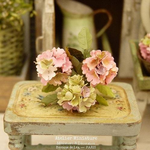 3 Hortensias Miniatures, Fleurs en Papier,100% fait main, 1/12