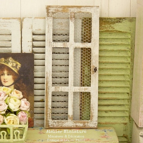Small Wooden Meshed Door Frame, Doll House Decor, Rusty Key