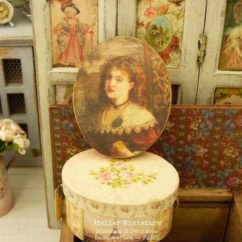 Maison de Poupée, Échelle 1/12, Portrait Oval en Bois, Reproduction Imprimée