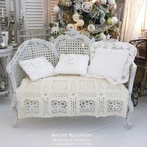 Sofa Victorien de style Louis XV, Imitation Cannage, Maison de Poupée,