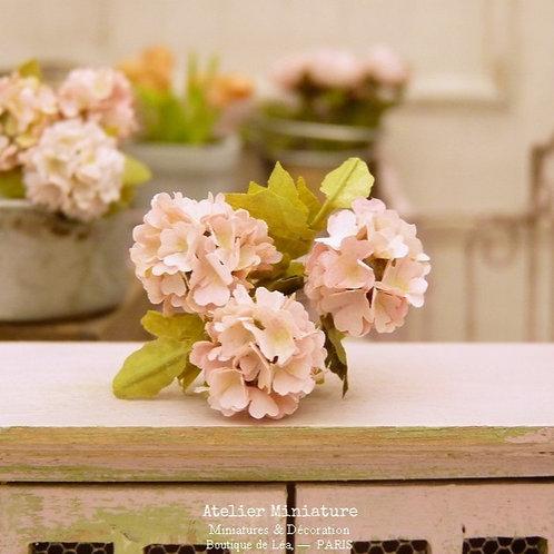 3 Hortensias Miniatures Roses, Fleurs en Papier,100% fait main, 1/12