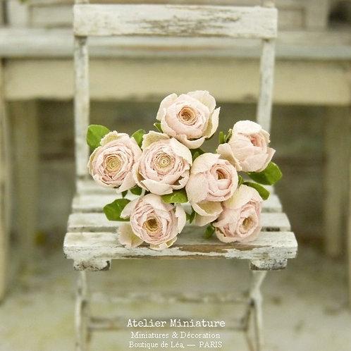 7 Roses Miniatures, Fleurs en Papier, 100% fait main, Maison de Poupée