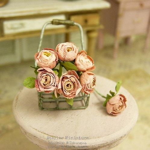 Bouquet de 7 Roses Roses Miniatures, Nuances de Rose, Maison de Poupée,