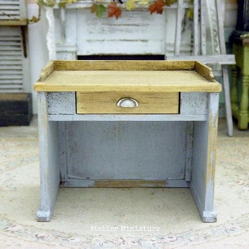 Bureau Campagne Chic, Miniature en bois, Maison de Poupée, 1/12