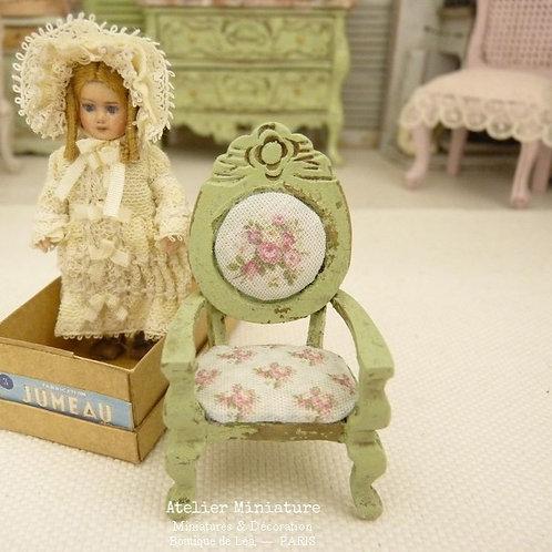 Fauteuil vert, Échelle 1/24, Miniature en bois, Maison de Poupée