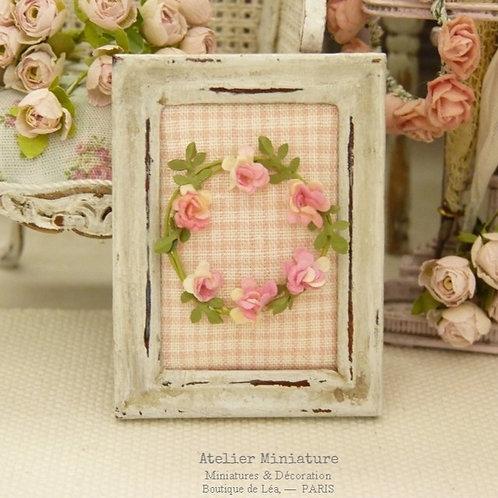 Cadre miniature, Couronne de Fleurs Roses, Maison de Poupée, 1/12
