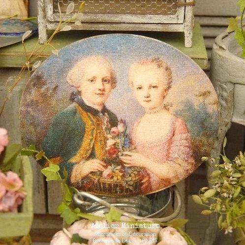 Panneau Ovale Miniature en Bois, Couple XVIIIe, Maison de Poupée 1/12