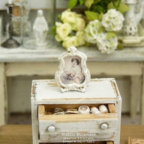 Porte-photo miniature en métal, Baroque Shabby Chic Blanc