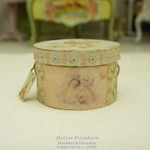 Hat Box, ROUND, Blue Interior, Doll House, Scale 1/12