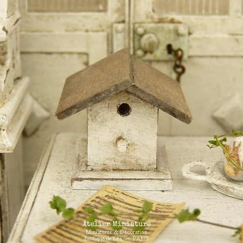 Nichoir Miniature en Bois, Shabby Blanc et Bois Vieilli