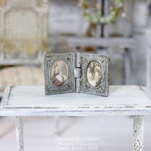 Porte-photo miniature en métal, Maison de Poupée, Échelle 1/12
