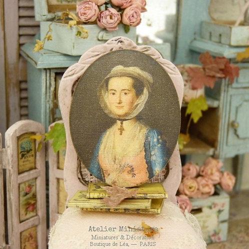 Maison de Poupée, Échelle 1/12, Portrait Oval en Bois, Reproduction Imp