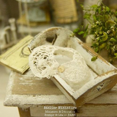 Col Miniature, Dentelle Ancienne Blanche, Échelle 1/12