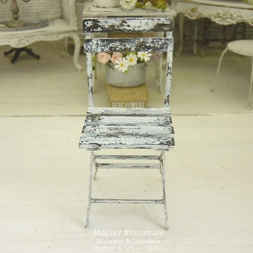 Chaise de Jardin Shabby Chippy, Miniature en Bois, 1/12