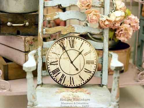 Horloge Miniature en Bois, Échelle 1/12