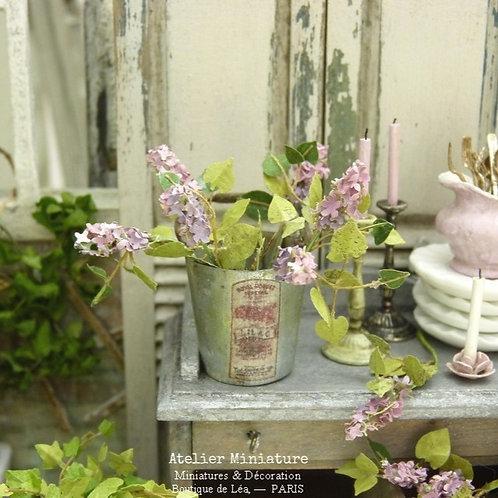 Seau de Lilas Miniature, Fleurs en Papier, 100% fait main