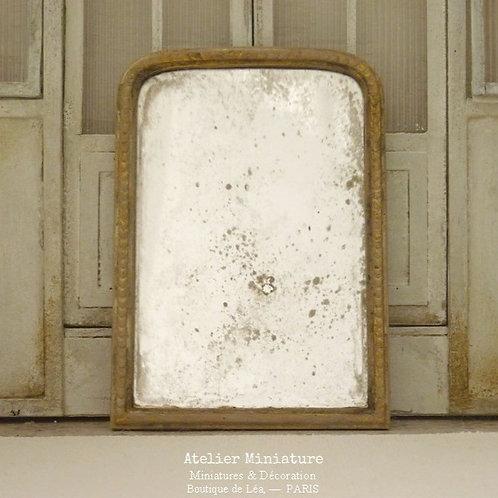 Miroir Vieilli Miniature, Structure en Résine, Or, Échelle 1/12