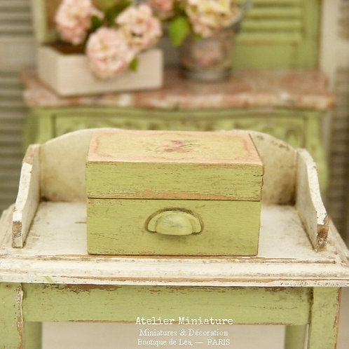 "Miniature Wooden Box, Provence Green aged, Print Decor ""Roses Aubusson"""