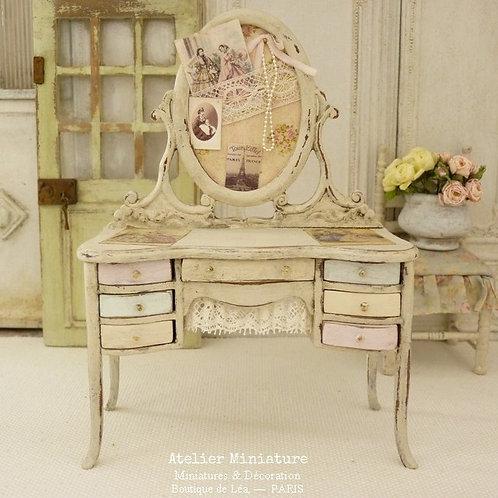 Coiffeuse Miniature en Bois Shabby Pastel, Mode parisienne, Échelle 1/12