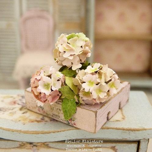 3 Hortensias Miniatures « rose fané », Fleurs en Papier,100% fait main, 1/12
