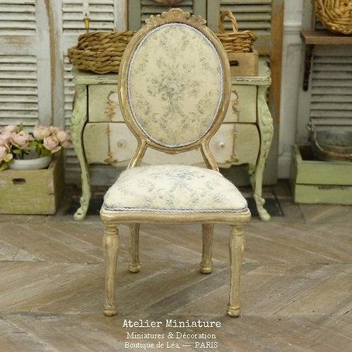 Chaise médaillon Louis XVI en Bois, Marie-Antoinette