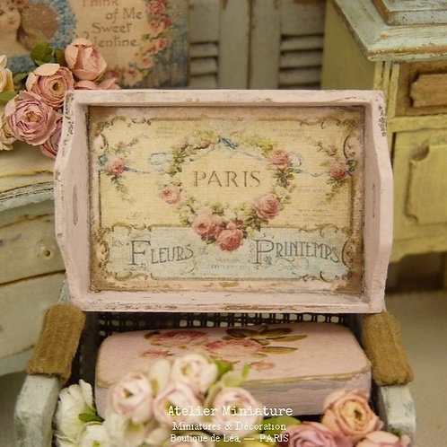 Plateau miniature en bois, Rose, Maison de Poupée, Échelle 1/12