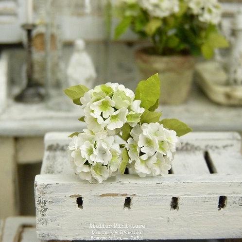 3 Hortensias Miniatures Blancs, Fleurs en Papier,100% fait main, 1/12