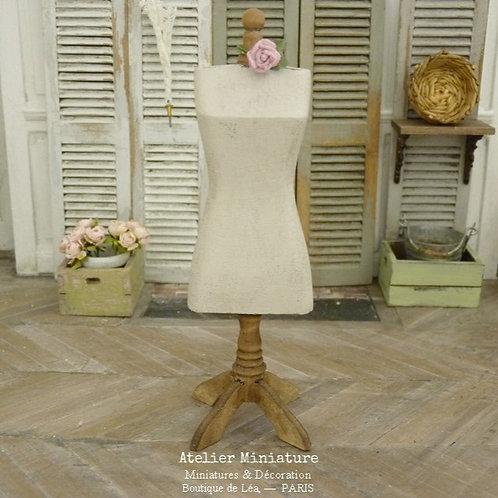 Mannequin de Couture Miniature en Bois, Maison de Poupée, Échelle 1/12
