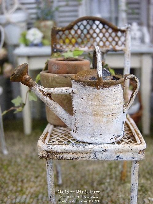 Arrosoir Miniature en Métal , Shabby Chic Blanc Rouillé