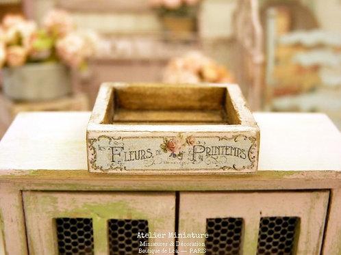 Cagette Miniature en Bois, Rose, Maison de Poupée, Échelle 1/12