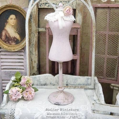 Mannequin Buste en résine, Rose Shabby Chic