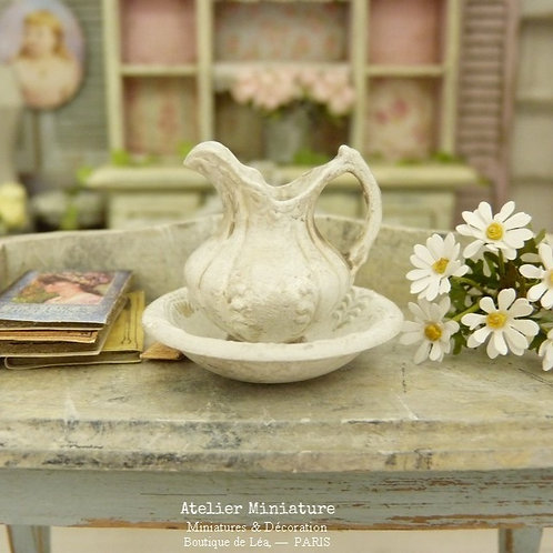 Miniature broc and bowl, Shabby White, Collectible accessory for a dollhouse in 1:12th scale
