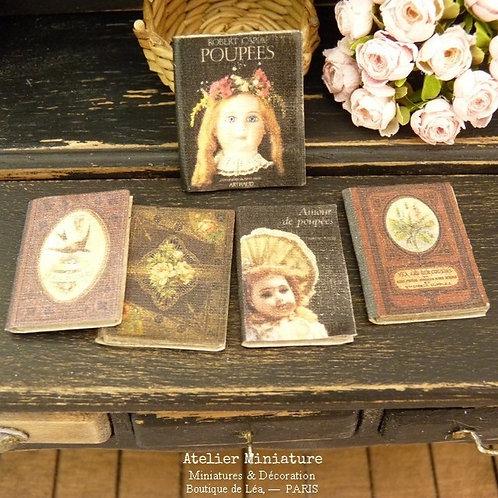 5 Livres Miniatures (fermés), Maison de Poupée, 1/12