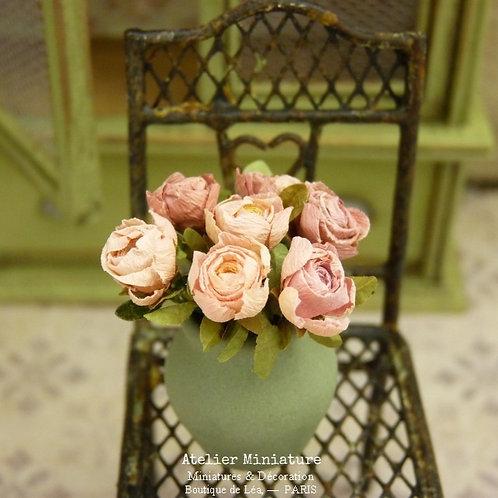 Bouquet de 7 Roses Roses Miniatures, Nuances de Rose, Maison de Poupée, 1/12