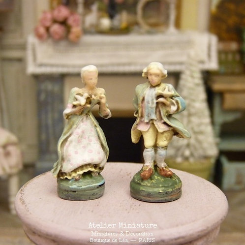 Couple Imitation Porcelaine de Dresde, Miniatures en Résine, Maison de Poupée