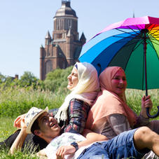 Vielfalt bedeutet:  Du bist du und wir sind alle Menschen.